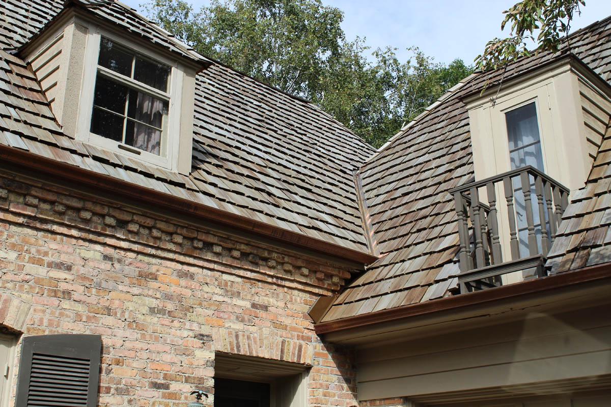Rustic Cedar Roof Wauwatosa Bci Exteriors