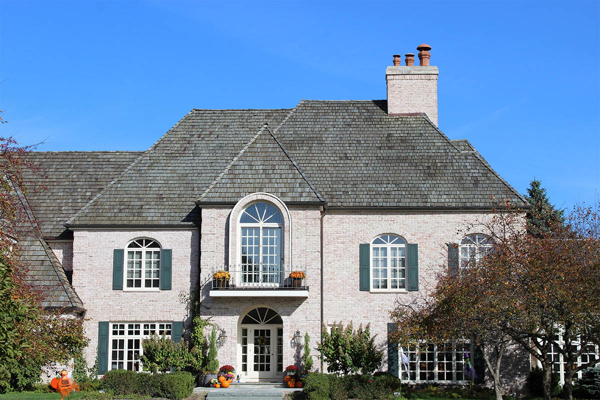 Beautiful Heavy Cedar Roof