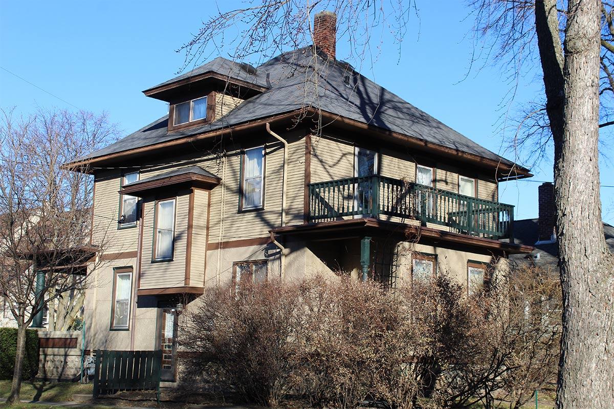 1915 Rubber Roof Update Waukesha Bci Exteriors
