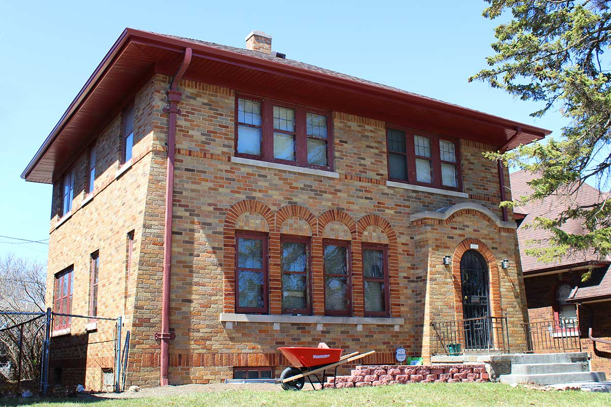 Rich Red Soffit Fascia Amp Gutters Milwaukee Bci Exteriors