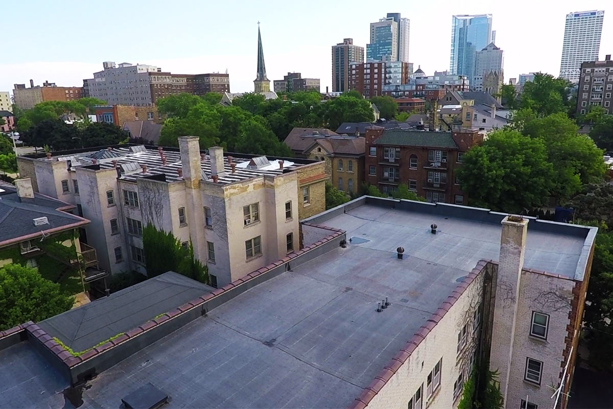 Apartment Rubber Roofing Milwaukee Bci Exteriors